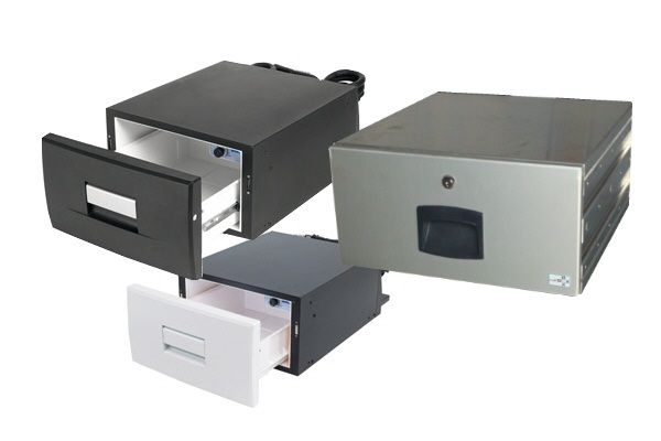 amenagement de coffre refrigerateur et tiroir. Black Bedroom Furniture Sets. Home Design Ideas