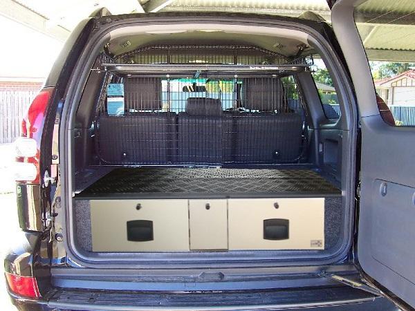 amenagement a tiroirs pour toyota kdj 120 accessoires rando equipement. Black Bedroom Furniture Sets. Home Design Ideas