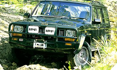 JEEP CHEROKEE XJ PARE-CHOCS 4X4 WINCH BARS Arv