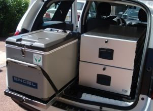 x REFRIGERATEUR ENGEL MT45 + GLISSIERE FRIGO CARBOX