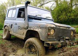 LAND ROVER DEFENDER V8   SNORKEL SAFARI