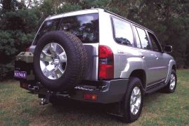 NISSAN PATROL Y61 PORTE JERRICAN DOUBLE GAUCHE KAYMAR - Support jerrycan
