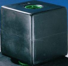 RESERVOIR 100 L CHANTAL 224- Bouchon mâle de diam. 130 mm