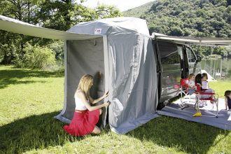 solette-tente-arriere-avec-moustiquaire-fiamma-volkswagen-transporter-porte-arriere