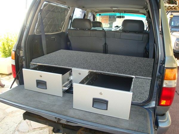 amenagement a tiroirs pour toyota s rie 80 hdj 80. Black Bedroom Furniture Sets. Home Design Ideas