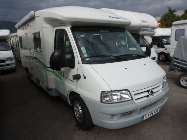 chausson allegro 67 occasion 5 camping car 2004 climatise 4 6 4 places. Black Bedroom Furniture Sets. Home Design Ideas