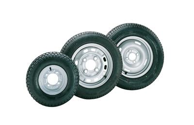 roues completes pour remorques avec jante 4 trous 145 x 10. Black Bedroom Furniture Sets. Home Design Ideas